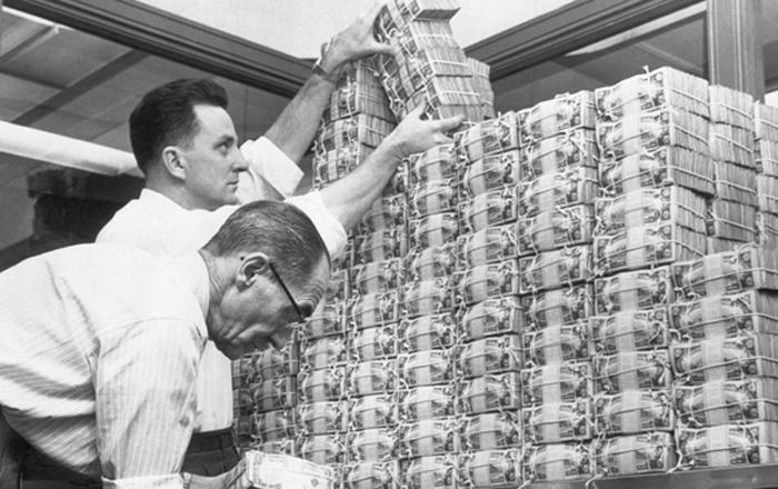 US states face biggest cash crisis since the Great Depression
