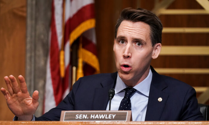 Hawley Doubles Down on Objecting to Electoral Results, Pushes Back on Pressure From McConnell: Report