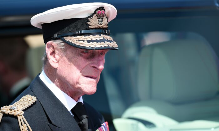 Queen Elizabeth's Husband Prince Philip Passes Away at Age 99